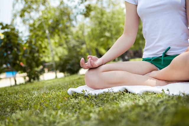 Tichá meditace a čaj